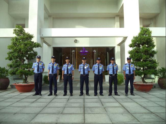 Đội ngũ nhân viên Yuki 24 với đầy đủ kĩ năng & phẩm chất để bảo vệ vận chuyển cho Quý khách